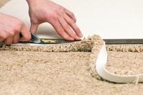 Teppiche, Laminat und Vinylboden verlegen