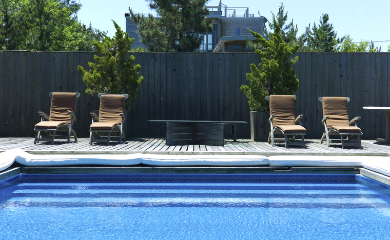 hausmeisterservice swimmingpool im garten. Black Bedroom Furniture Sets. Home Design Ideas