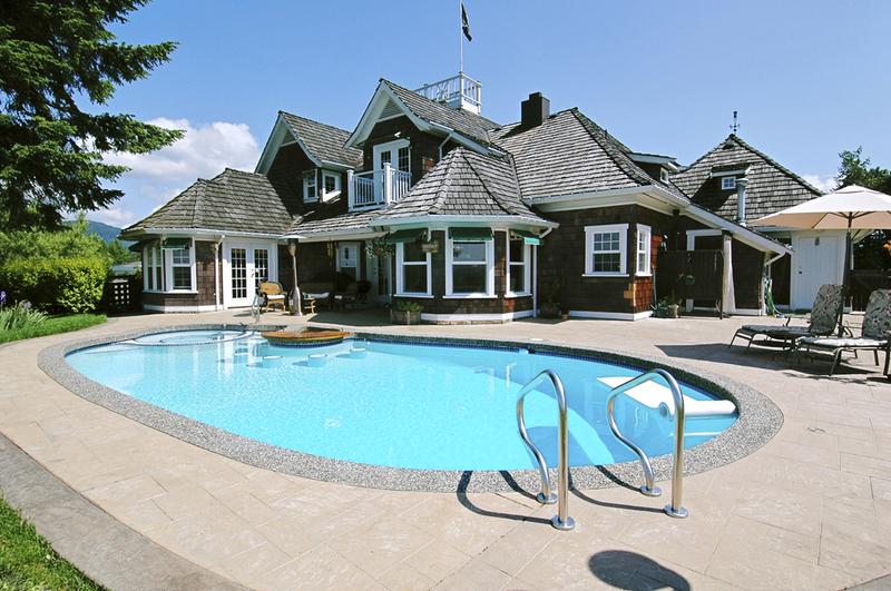 Stahlwandpool gestaltung  Hausmeisterservice - Swimmingpool im Garten